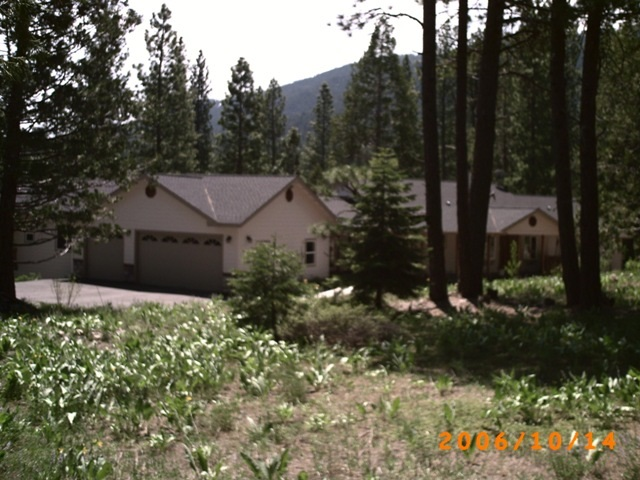 Single Family Home for Active at 445 Boulder Drive Lake Almanor, California United States