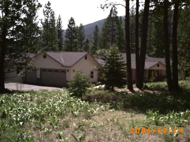 Casa Unifamiliar por un Venta en 445 Boulder Drive Lake Almanor, California Estados Unidos