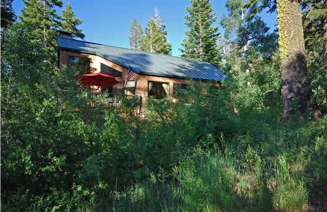 独户住宅 为 销售 在 1875 John Scott Trail 1875 John Scott Trail 阿尔派恩, 加利福尼亚州 96146 美国