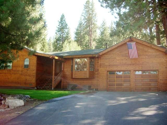 独户住宅 为 销售 在 10164 Somerset Drive 10164 Somerset Drive 特拉基, 加利福尼亚州 96161 美国