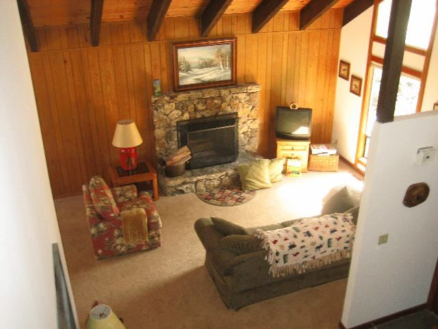 Additional photo for property listing at 136 Skyland Way 136 Skyland Way 塔霍湖城, 加利福尼亚州 96145 美国