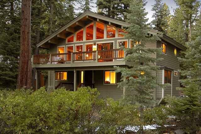 Casa Unifamiliar por un Venta en 5630 Sahara Drive 5630 Sahara Drive Agate Bay, California 96140 Estados Unidos