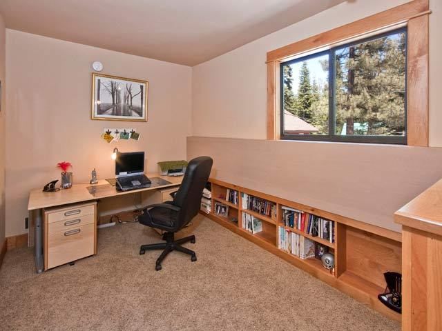 Additional photo for property listing at 13655 Davos Drive 13655 Davos Drive Truckee, California 96161 United States