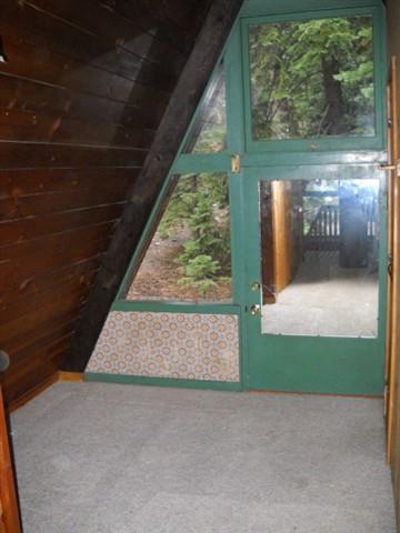Additional photo for property listing at 5795 Ophir Street 5795 Ophir Street Carnelian Bay, California 96140 Estados Unidos