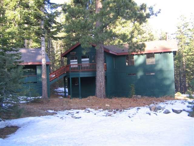 Casa Unifamiliar por un Venta en 4035 Zermatt Road 4035 Zermatt Road Tahoe City, California 96145 Estados Unidos