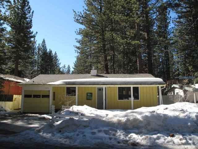 Casa Unifamiliar por un Venta en 1226 Reno Avenue 1226 Reno Avenue South Lake Tahoe, California 96150 Estados Unidos
