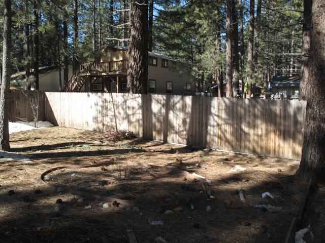 Additional photo for property listing at 1226 Reno Avenue 1226 Reno Avenue South Lake Tahoe, California 96150 Estados Unidos