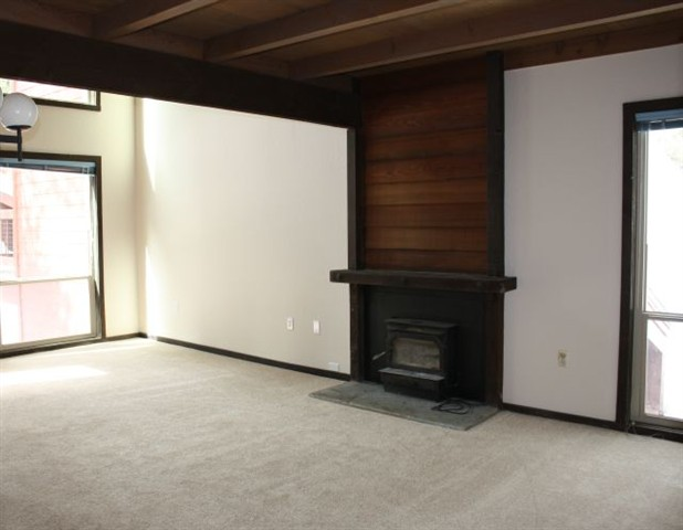 Additional photo for property listing at 12804 Northwoods Boulevard 12804 Northwoods Boulevard Truckee, California 96161 Estados Unidos
