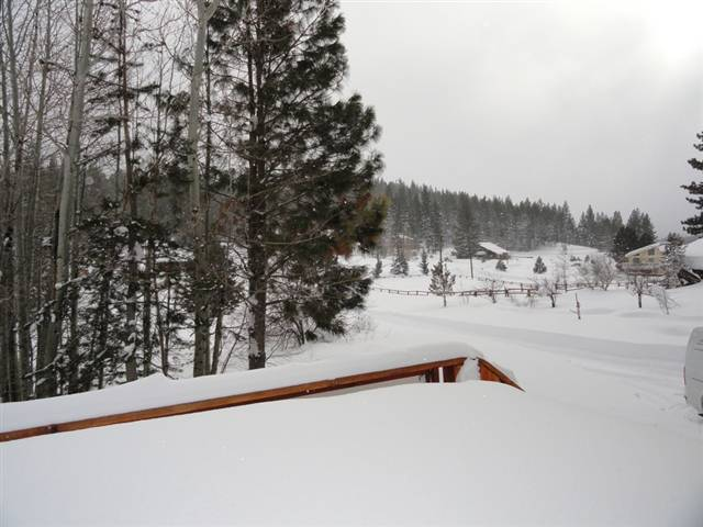 Additional photo for property listing at 14882 Glenshire Drive 14882 Glenshire Drive Truckee, California 96161 Estados Unidos