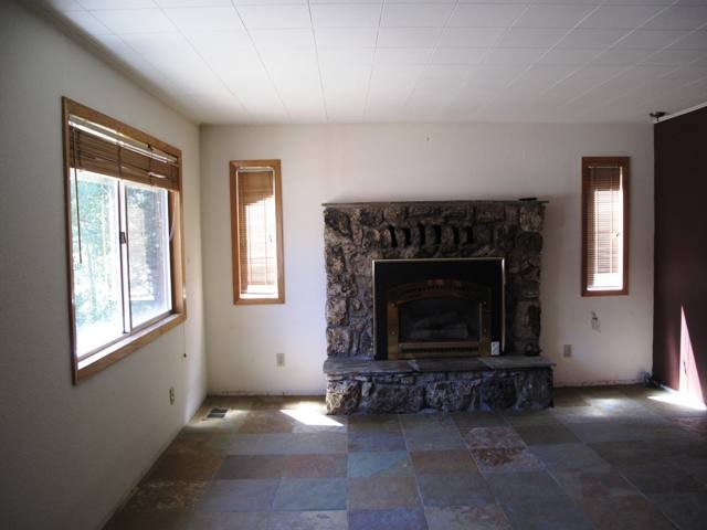 Additional photo for property listing at 11750 Deerfield Drive 11750 Deerfield Drive Truckee, California 96161 United States