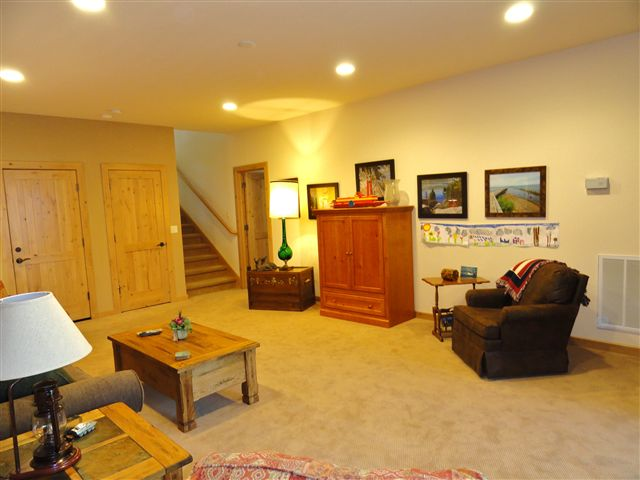 Additional photo for property listing at 211 Shore View Drive 211 Shore View Drive 塔霍湖城, 加利福尼亚州 96145 美国