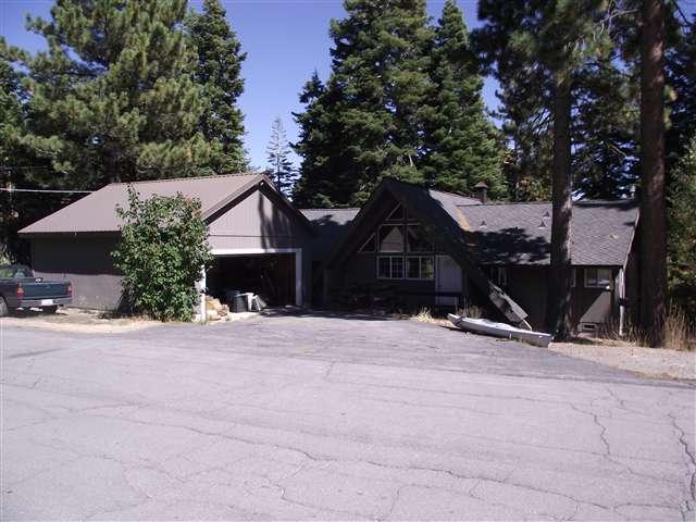 独户住宅 为 销售 在 492 Club Drive 492 Club Drive 塔霍湖城, 加利福尼亚州 96145 美国