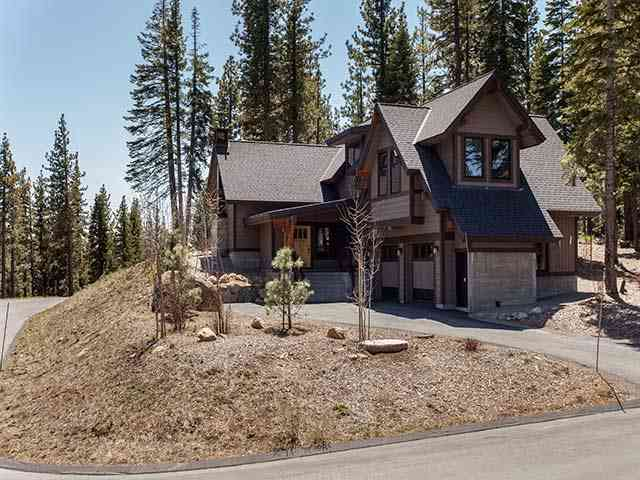 Single Family Home for Active at 10795 Passage Place 10795 Passage Place Truckee, California 96161 United States