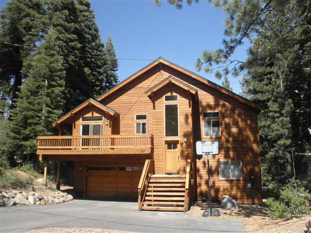 Additional photo for property listing at 12890 Davos Drive  Truckee, California 96161 Estados Unidos
