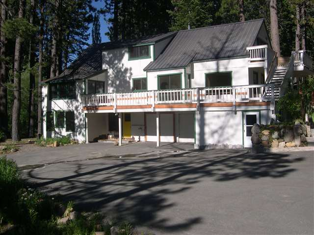 Single Family Home for Active at 2505 Hillcrest Avenue 2505 Hillcrest Avenue Tahoe City, California 96145 United States