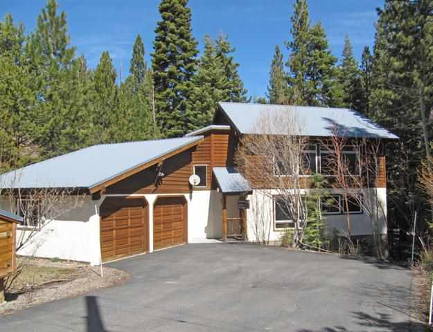 Single Family Home for Active at 13768 Hansel Avenue Truckee, California 96161 United States