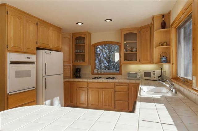Additional photo for property listing at 13768 Hansel Avenue  Truckee, California 96161 United States