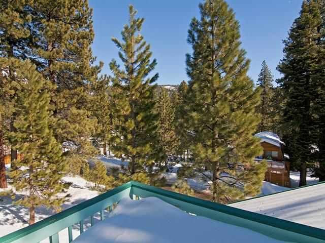 Single Family Home for Active at 852 Jeffrey Street Incline Village, Nevada 89451 United States
