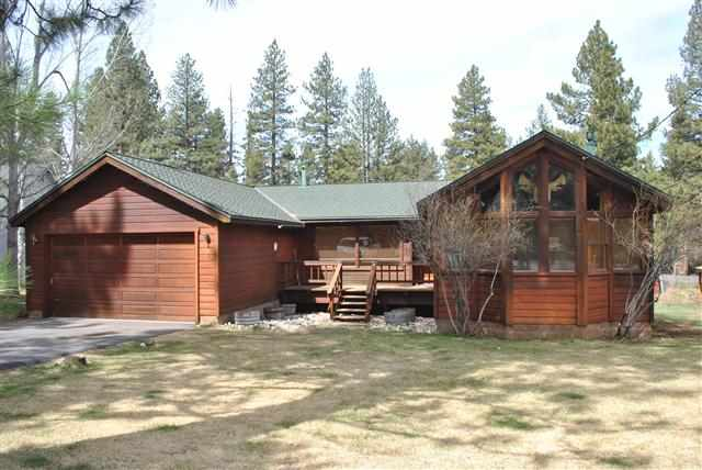 Single Family Home for Active at 11327 Huntsman Leap Truckee, California 96161 United States