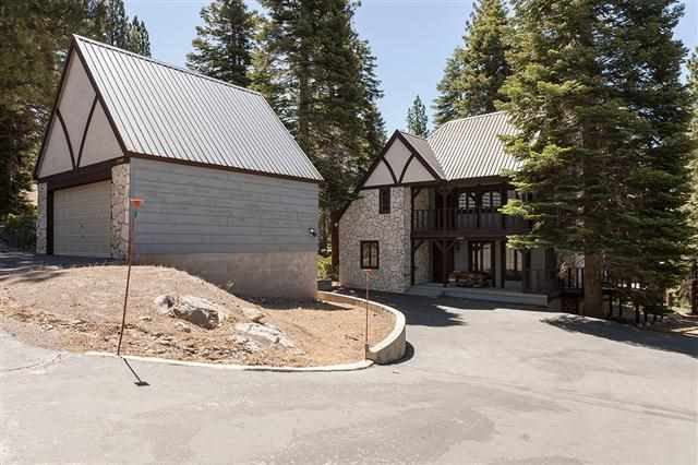 Additional photo for property listing at 11947 Rainbow Drive  Truckee, California 96161 Estados Unidos