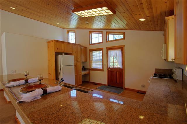 Additional photo for property listing at 13133 Solvang Way 13133 Solvang Way Truckee, California 96161 Estados Unidos