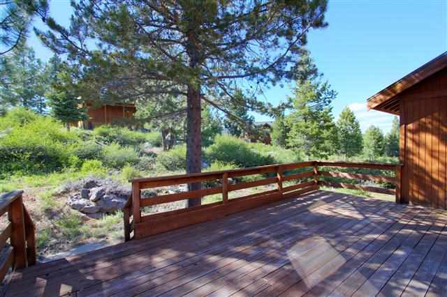 Additional photo for property listing at 13133 Solvang Way 13133 Solvang Way Truckee, California 96161 United States