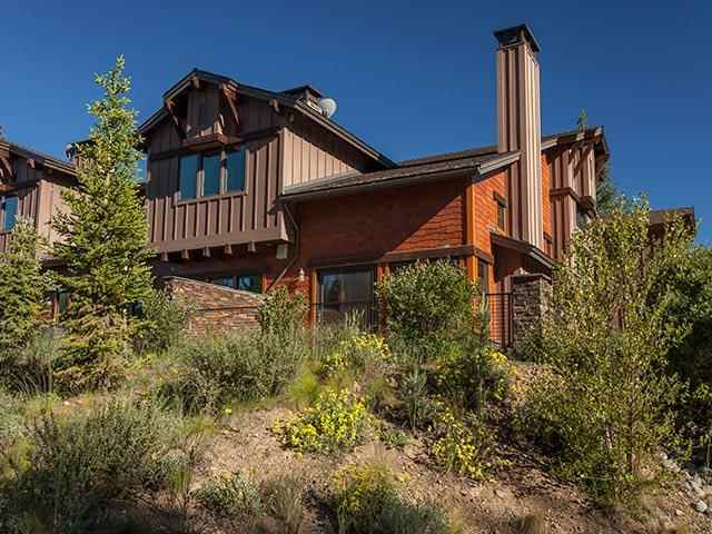 Condo / Townhouse for Active at 11891 Hope Court 11891 Hope Court Truckee, California 96161 United States