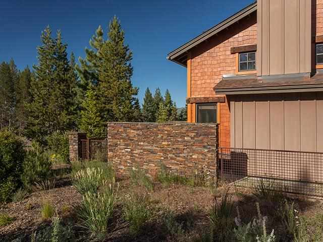 Additional photo for property listing at 11891 Hope Court 11891 Hope Court Truckee, California 96161 United States