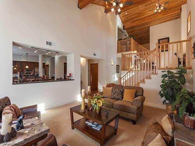 Additional photo for property listing at 11891 Hope Court 11891 Hope Court 特拉基, 加利福尼亚州 96161 美国
