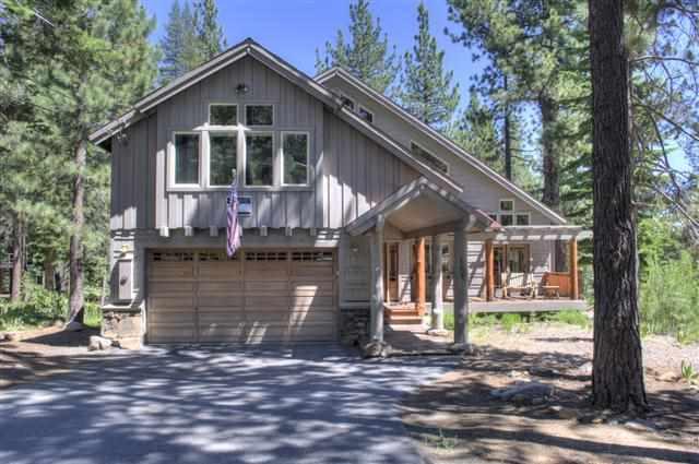 Casa Unifamiliar por un Venta en 13680 Ski View Loop Truckee, California 96161 Estados Unidos