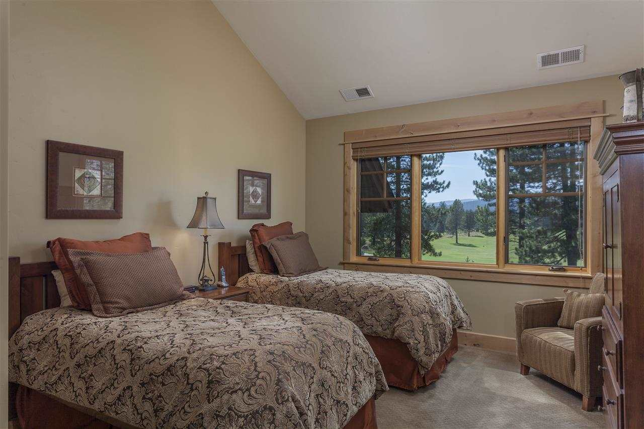 Additional photo for property listing at 12478 Villa Court  Truckee, California 96161 United States
