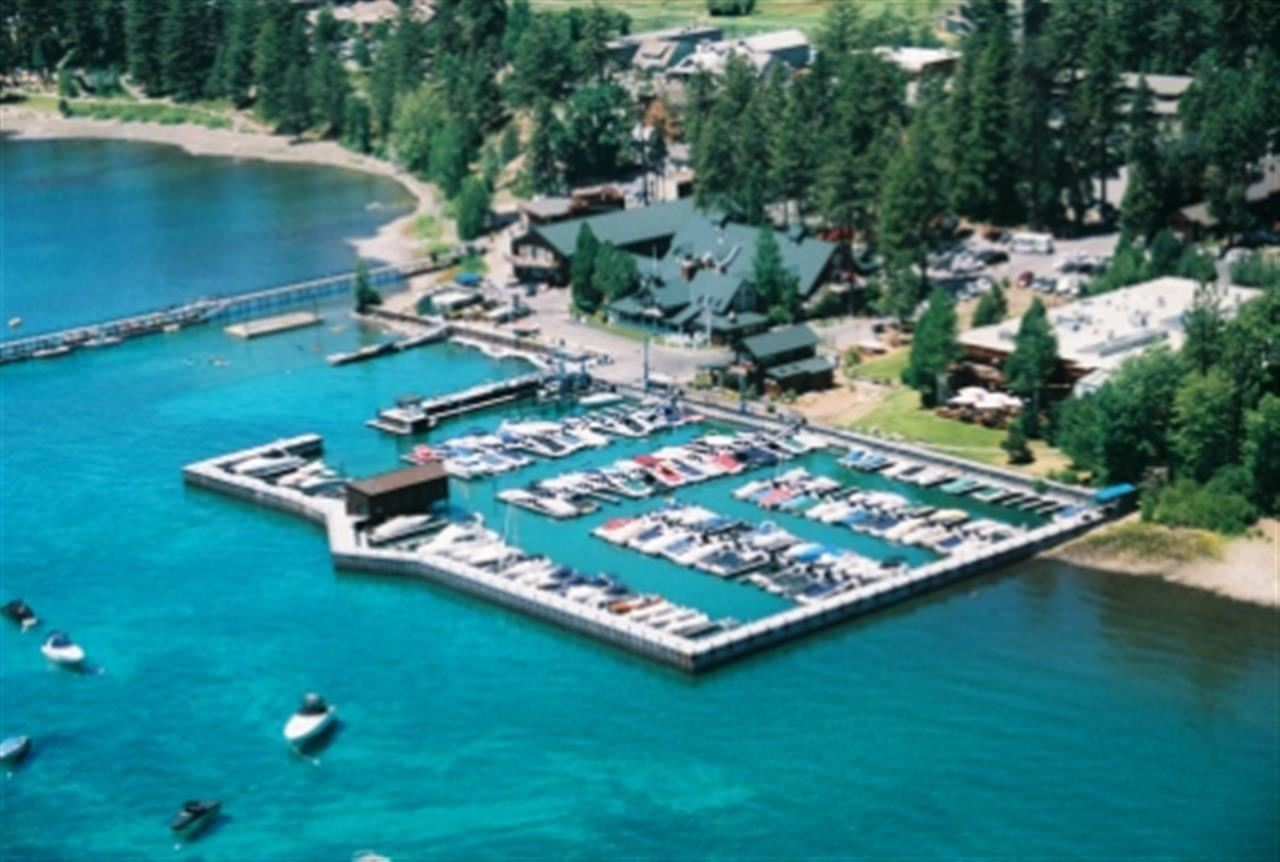 Atracadero particular por un Venta en 700 North Lake Boulevard 700 North Lake Boulevard Tahoe City, California 96145 Estados Unidos