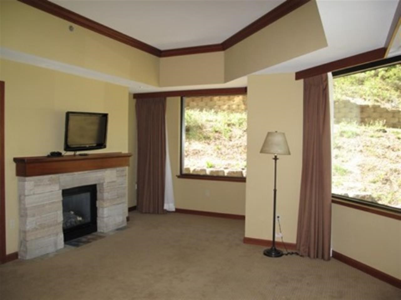 Additional photo for property listing at 400 Squaw Creek Road 400 Squaw Creek Road Olympic Valley, California 96146 Estados Unidos