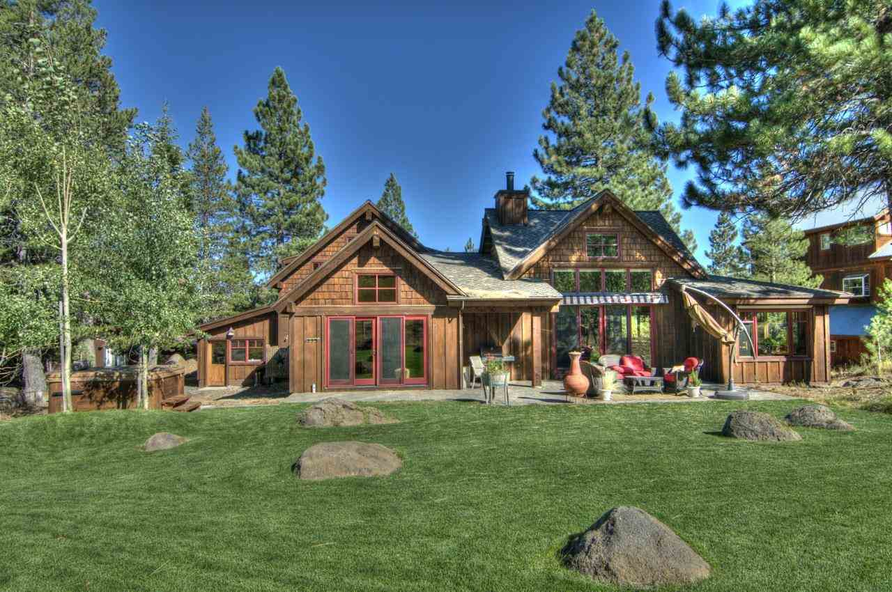 Single Family Home for Active at 12420 Springbrook Place Truckee, California 96161 United States