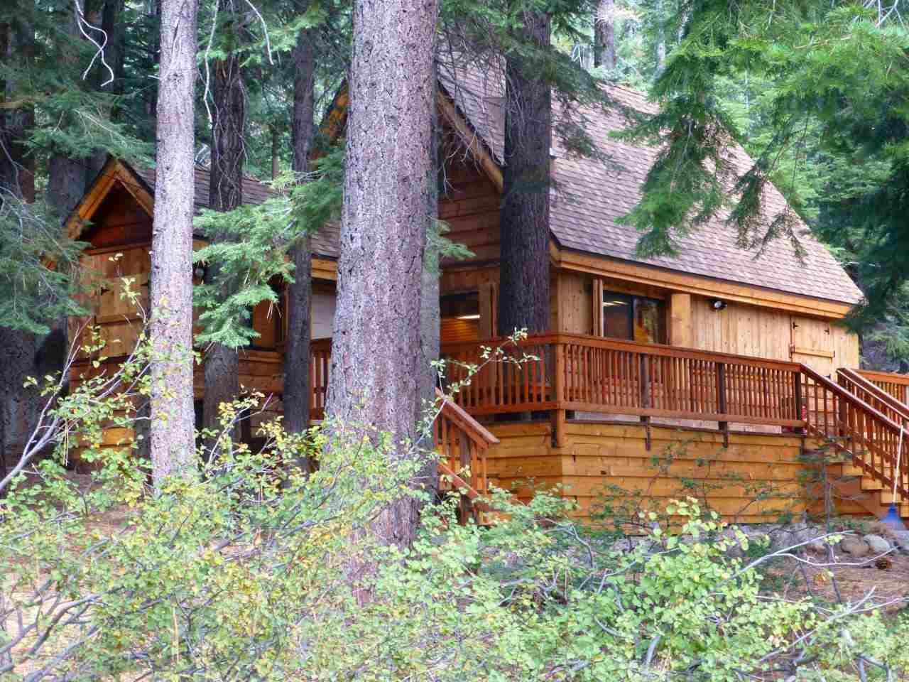 独户住宅 为 销售 在 910 Ward Creek Blvd 910 Ward Creek Blvd 塔霍湖城, 加利福尼亚州 96145 美国