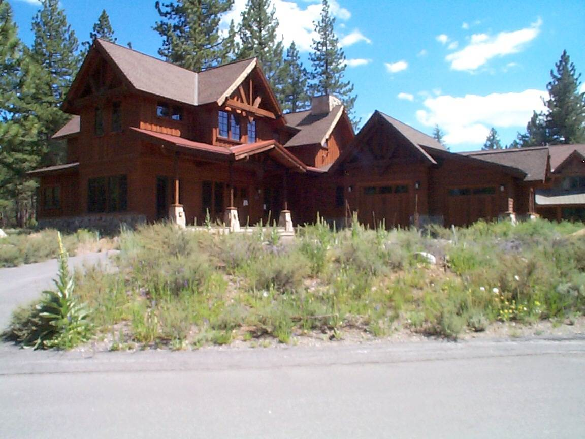 Single Family Home for Active at 12503 Caleb Drive 12503 Caleb Drive Truckee, California 96161 United States