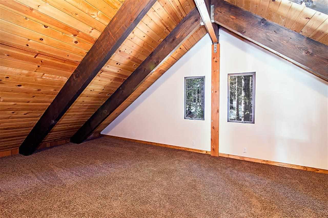 Additional photo for property listing at 800 McKinney Creek Road 800 McKinney Creek Road Tahoma, California 96142 Estados Unidos