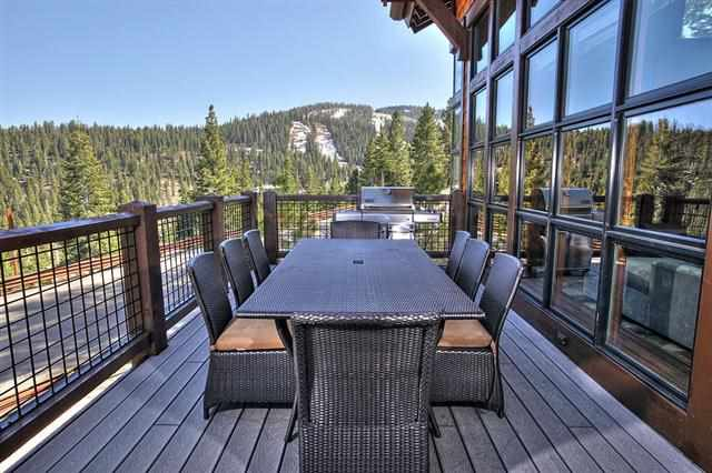 Additional photo for property listing at 14000 Trailside Loop  Truckee, California 96161 United States