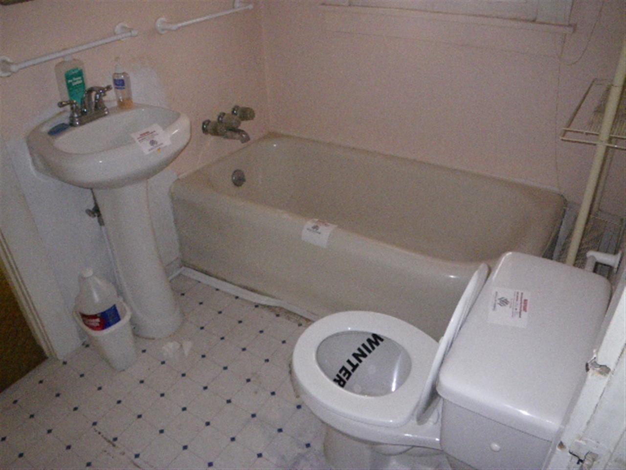 Additional photo for property listing at 496 2nd Avenue 496 2nd Avenue 波托拉, 加利福尼亚州 96122 美国