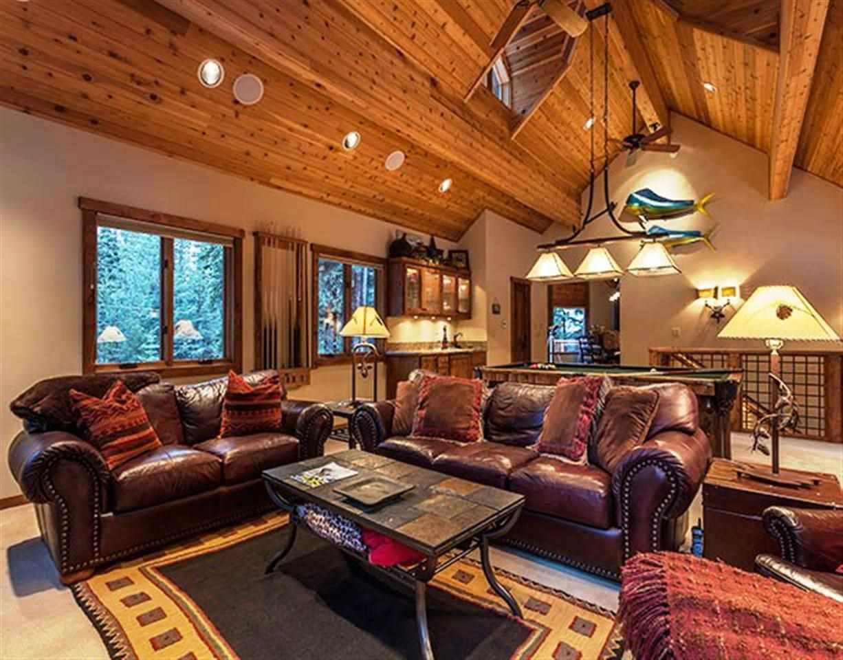 Additional photo for property listing at 11199 Sitzmark Way  特拉基, 加利福尼亚州 96161 美国