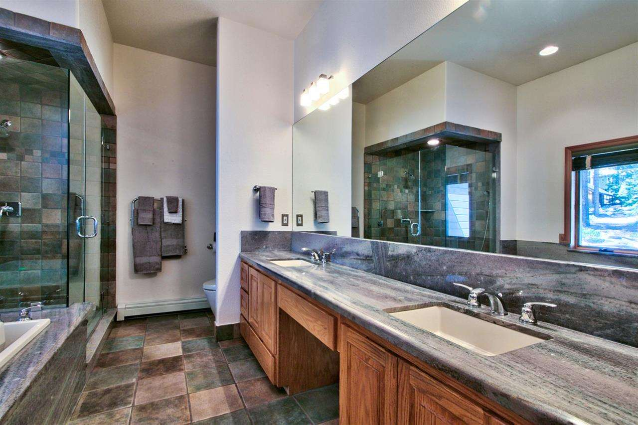 Additional photo for property listing at 346 Country Club Drive  Incline Village, Nevada 89451 United States