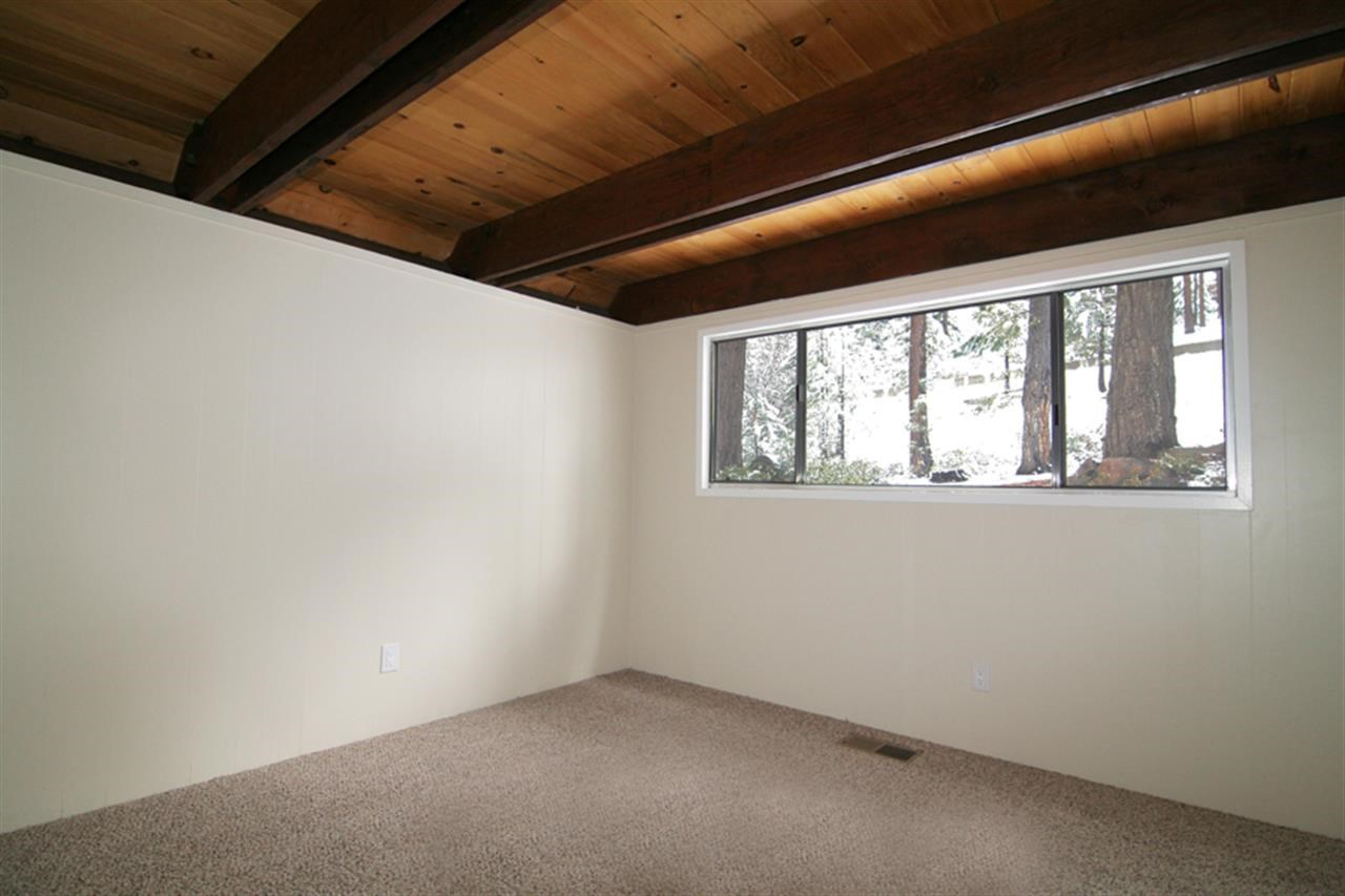 Additional photo for property listing at 599 Crest Lane  Incline Village, Nevada 89451 United States