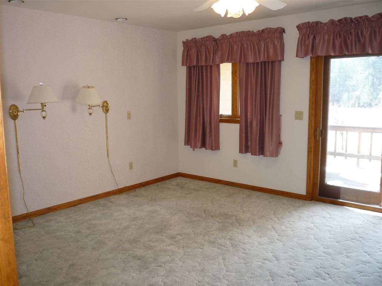 Additional photo for property listing at 955 Manzanita Street 955 Manzanita Street Portola, California 96122 United States