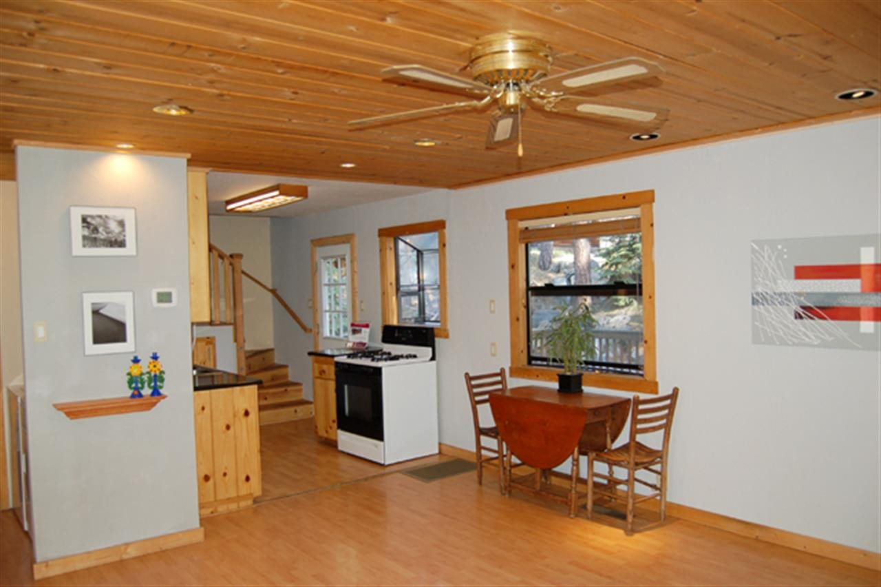 Additional photo for property listing at 13484 Moraine Road 13484 Moraine Road Truckee, California 96161 United States