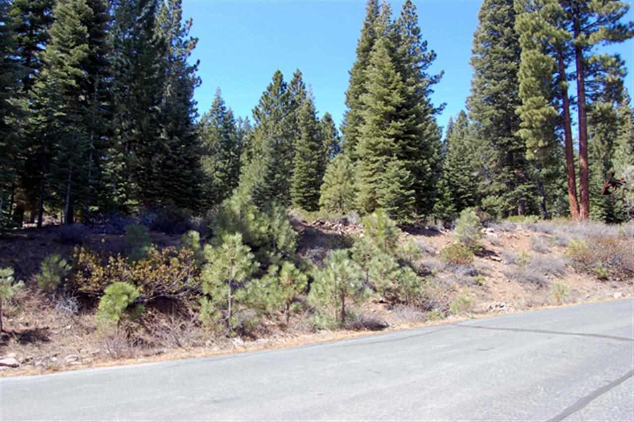 Additional photo for property listing at 111 Dave Dysart 111 Dave Dysart Truckee, California 96161 Estados Unidos
