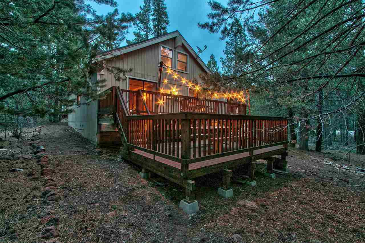 Additional photo for property listing at 12744 Solvang Way 12744 Solvang Way Truckee, California 96161 United States