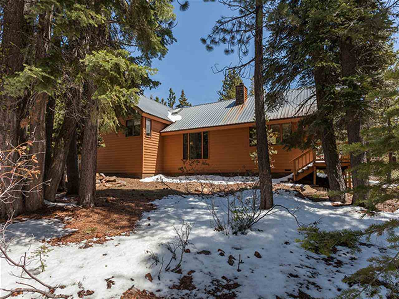 Additional photo for property listing at 14492 Tyrol Road 14492 Tyrol Road Truckee, California 96161 United States