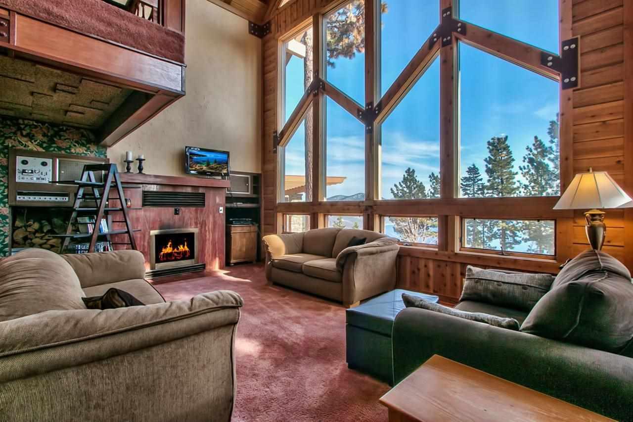 Casa Unifamiliar por un Venta en 907 Tyner Way Incline Village, Nevada 89451 Estados Unidos