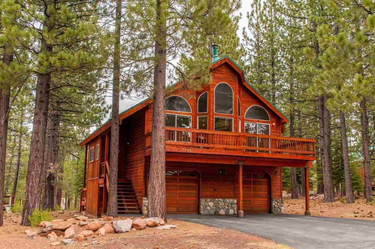 Casa Unifamiliar por un Venta en 12897 Solvang Way Truckee, California 96161 Estados Unidos