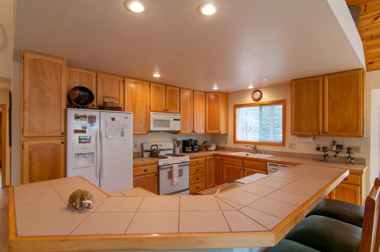 Additional photo for property listing at 12897 Solvang Way  Truckee, California 96161 Estados Unidos